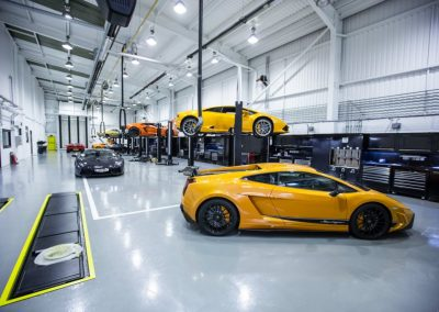 Double-Celebration-For-H.R.-Owen-Topping-Lamborghini-Uk-And-Global-Sales-Charts-Rankings-4